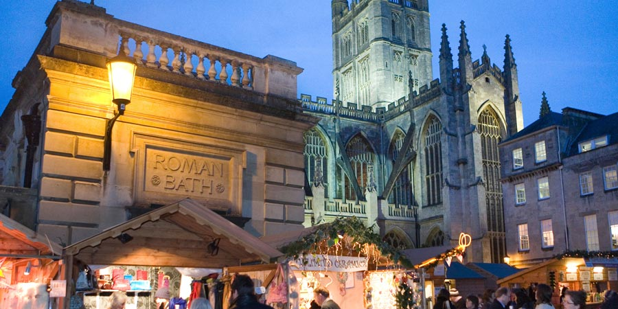 Rail Tours For £600 or Less, Bath Christmas Alamy