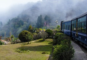 Tony Robinson Around the World by Train: India and Burma