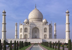 India: Be Transported Back to The Golden Age of Travel