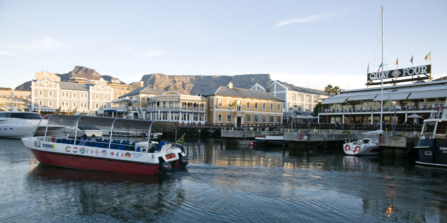 cape-town-victoria-and-alfred-waterfront-1-c-south-african-tourism.jpg