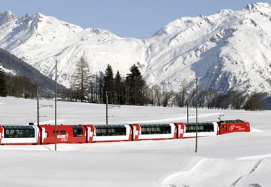 Traditional Glacier Express at Christmas
