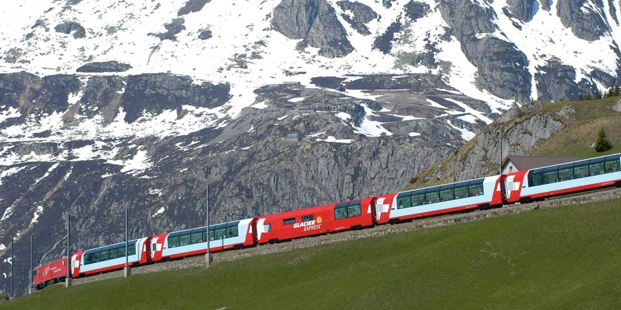 Glacier Express and the Oberalp Pass