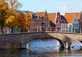Win a Eurostar break to Bruges for you and your mum!