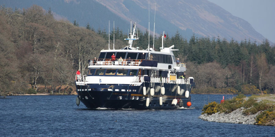 MV Lord of the Glens