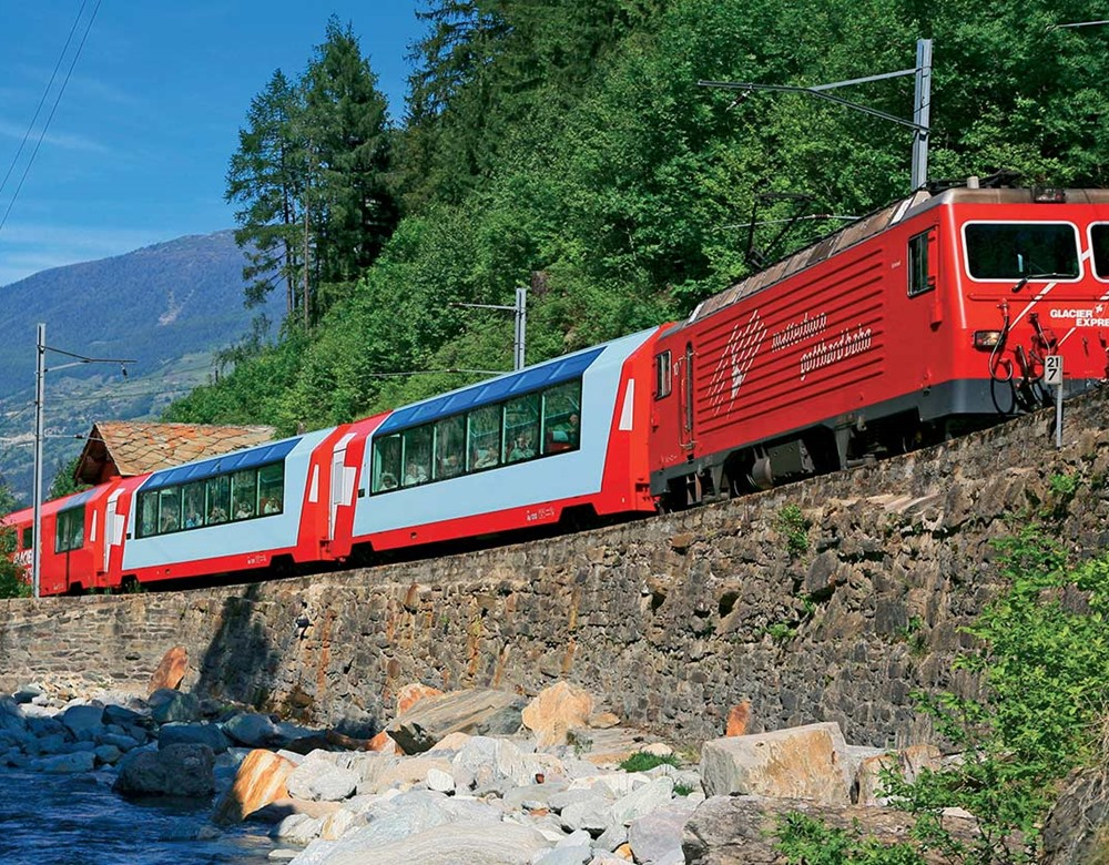 traditional glacier express tour great rail journeys. Black Bedroom Furniture Sets. Home Design Ideas