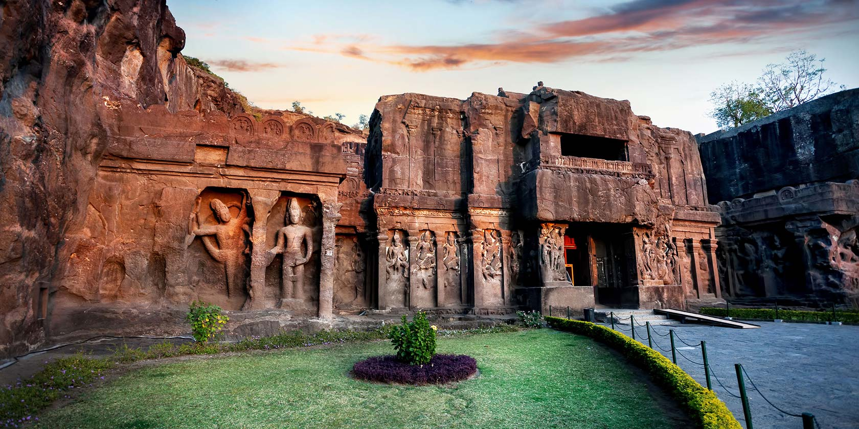 dating aurangabad Ajanta caves: ajanta caves northeast of aurangabad especially, ajanta, which contains fine murals dating from the 1st century bce to the 9th century ce.