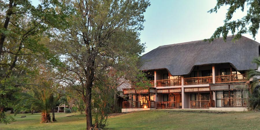 Cresta Mowana Safari & Resort