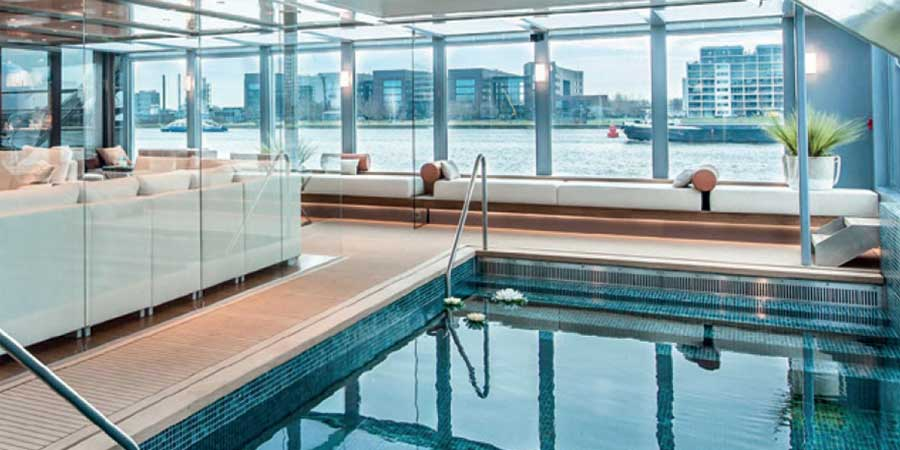 Extensice facilities - indoor pool
